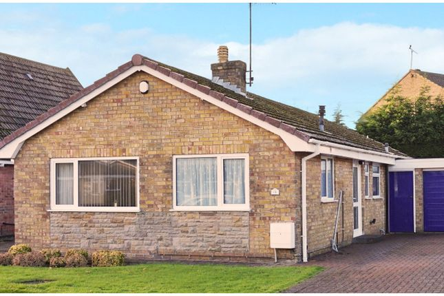 Thumbnail Detached bungalow for sale in Grovehill Road, Filey