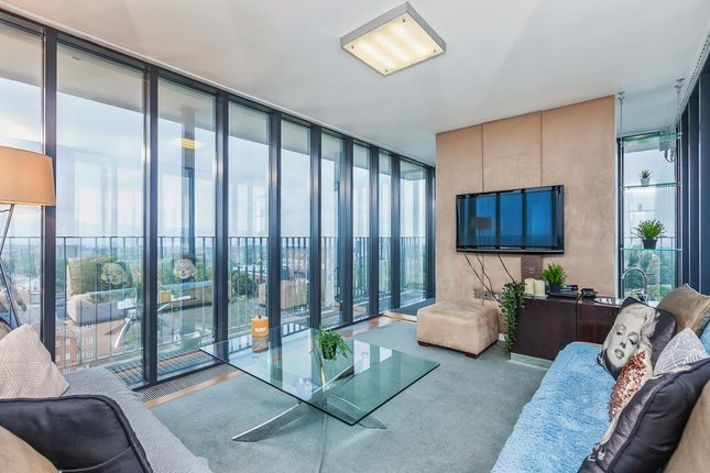 Thumbnail Flat to rent in Edith Cavell Way, London