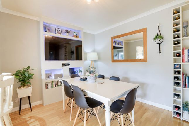 Dining Room of Orchard Close, Kingsteignton, Newton Abbot TQ12