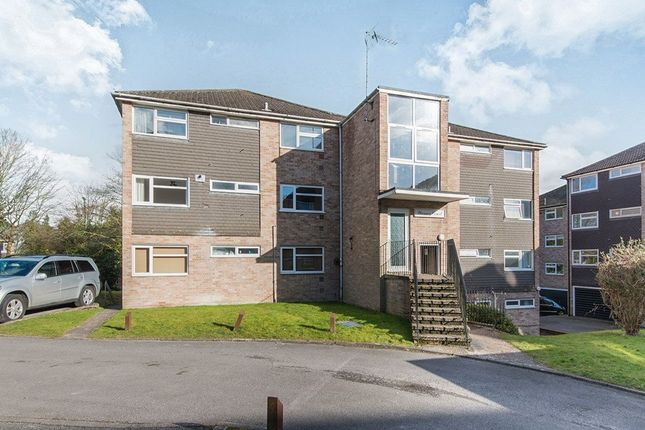 2 bed flat to rent in Northlands Drive, Winchester