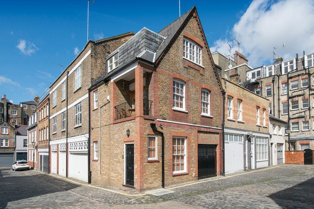 Thumbnail Property for sale in Weymouth Mews, London
