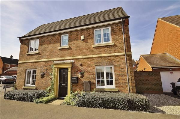 Thumbnail Link-detached house for sale in Swaffer Way, Singleton, Ashford