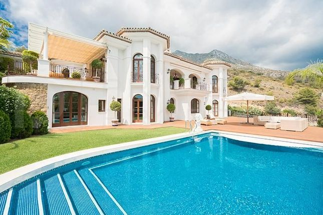 Thumbnail Villa for sale in Sierra Blanca, 29610, Málaga, Spain