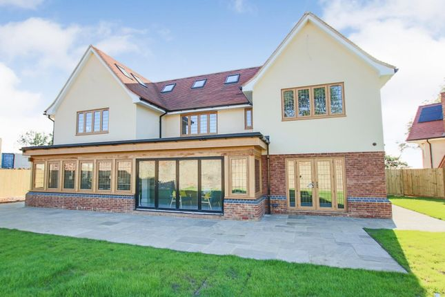 Thumbnail Detached house for sale in Luxury New Home, Tithepit Shaw Lane, Warlingham