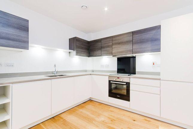 Thumbnail Flat to rent in Ellis House, Ealing