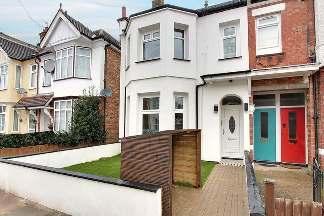 2 bed flat for sale in Wellesley Road, Harrow-On-The-Hill, Harrow