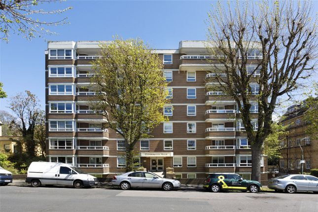 2 bed flat for sale in Eaton Gardens, Hove, East Sussex BN3