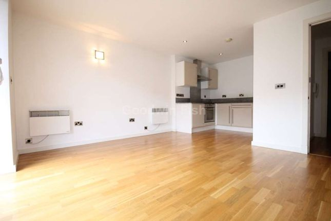 2 bed flat to rent in Block D, Pollard Street, Manchester