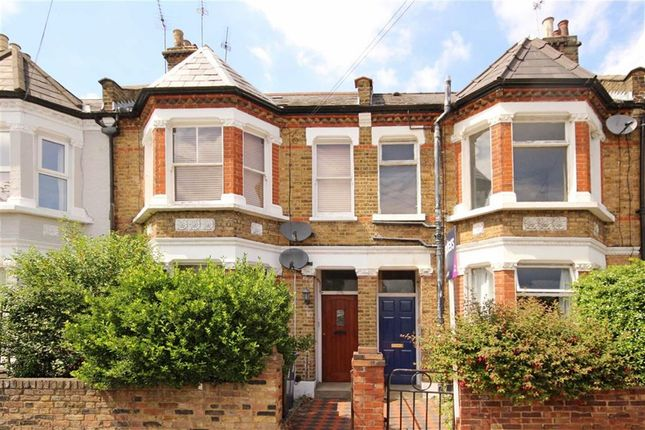 2 bed flat for sale in Rothschild Road, London
