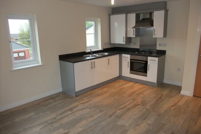 Flat to rent in Marcroft Road, Port Tennant, Swansea