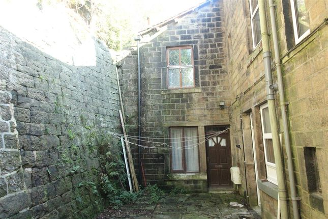 Accommodation of King Street, Hebden Bridge HX7