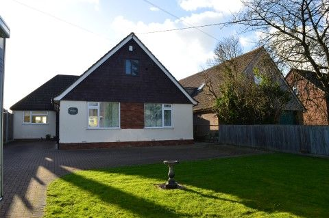 Thumbnail Detached bungalow for sale in North End Road, Yatton, North Somerset
