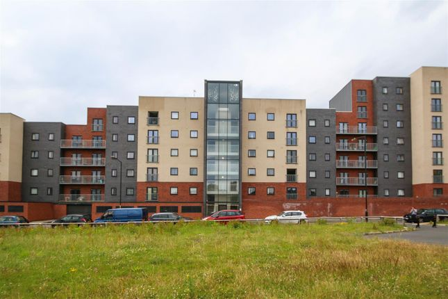 2 Bed Flat To Rent In Quantum Chapeltown Street Manchester