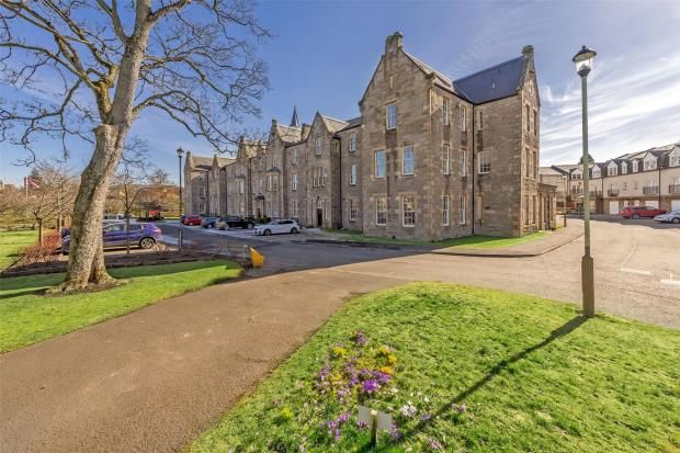 Thumbnail Flat for sale in Rosslyn House, Glasgow Road, Perth