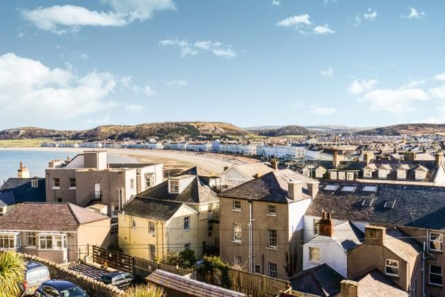 Thumbnail Link-detached house for sale in Hill Terrace, Llandudno, Conwy, North Wales