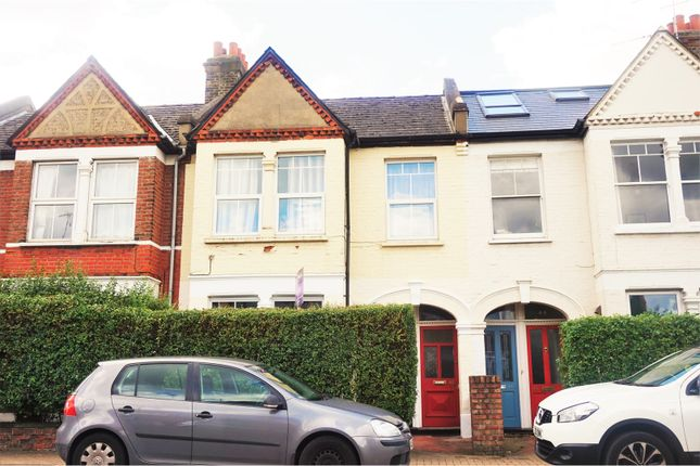 Thumbnail Maisonette for sale in Penwith Road, Earlsfield