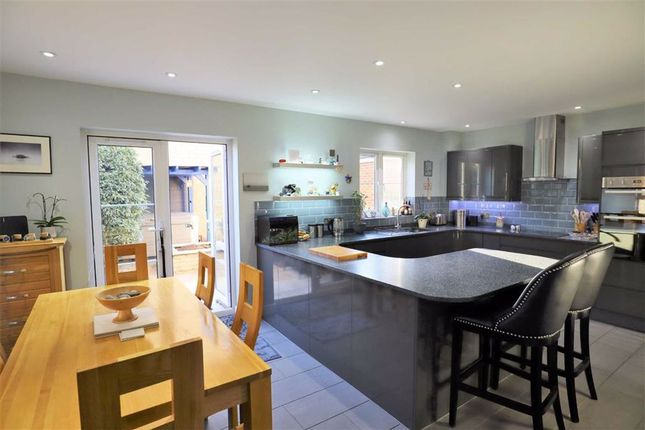 5 bed detached house for sale in Peregrine Court, Calne SN11
