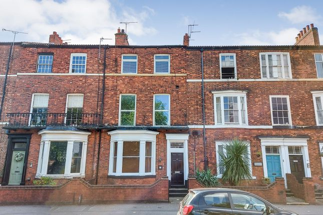 Thumbnail Flat for sale in Bennetthorpe, Doncaster