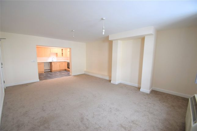 Thumbnail Flat to rent in Bampton Street, Tiverton, Devon