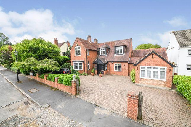 Thumbnail Detached house for sale in Heaton Grange Road, Gidea Park, Romford