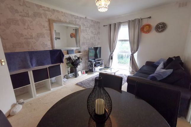 Sitting Room of Ballarat Walk, Stourbridge DY8