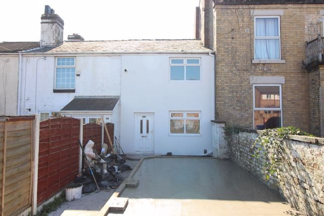 Thumbnail Terraced house to rent in Seedley Road, Salford