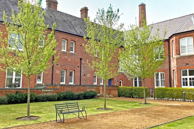 Thumbnail Flat for sale in Ridgeway Court, Cholsey, Wallingford