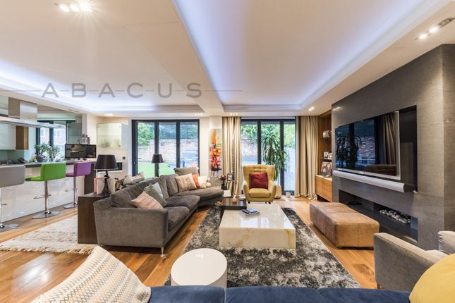 Thumbnail Terraced house for sale in Corrigan Close, Hendon