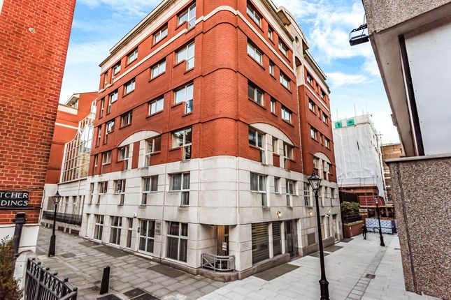Thumbnail Flat for sale in Crown Court, London