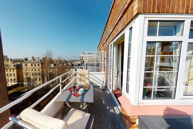 2 bed flat for sale in Wilbury Grange, Wilbury Road, Hove BN3
