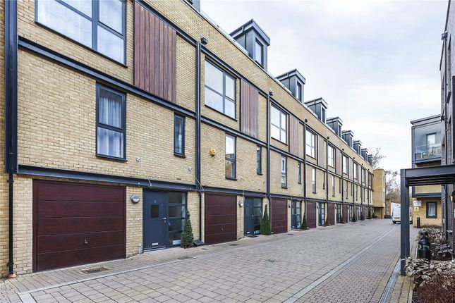 3 bed terraced house for sale in Chiltonian Mews, London