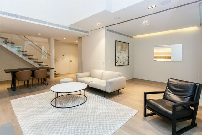 Thumbnail Flat for sale in 7 Pearson Square, Fitzroy Place, London