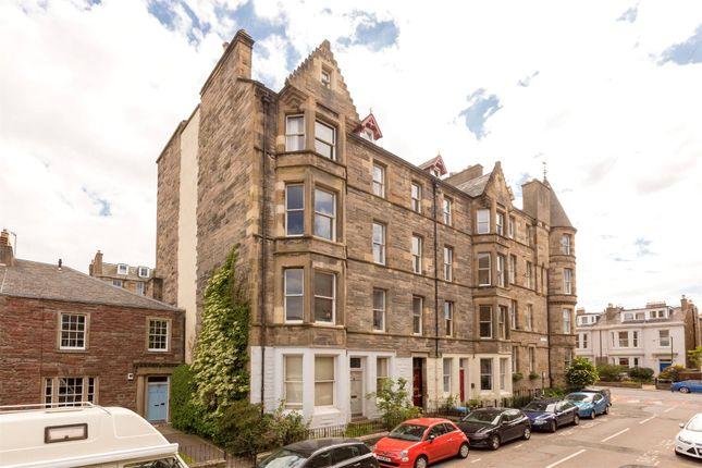 Thumbnail Flat for sale in 3/6, Upper Gilmore Place, Bruntsfield, Edinburgh