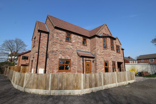 Thumbnail Detached house for sale in Moss Road, Askern, Doncaster