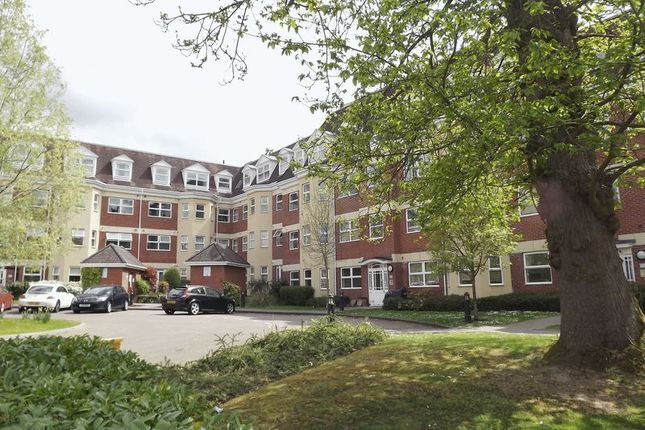 Thumbnail Flat to rent in London Road, Camberley