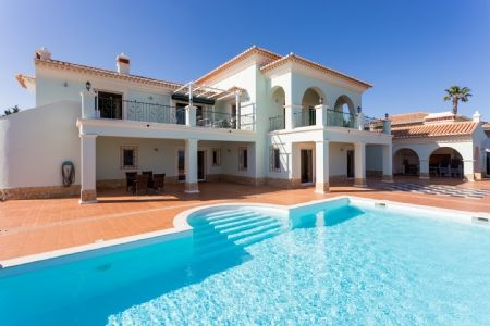 Thumbnail Villa for sale in Burgau, Western Algarve, Portugal