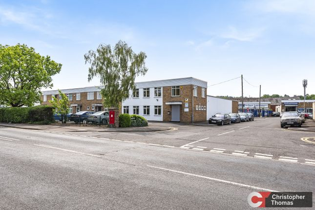 Thumbnail Industrial to let in Unit B1, Fairacres Estate, Dedworth Road, Windsor
