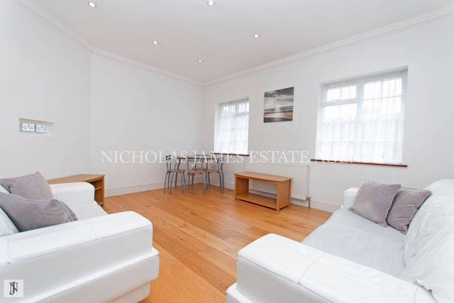 Thumbnail Flat for sale in Chandos Court, The Green, Southgate