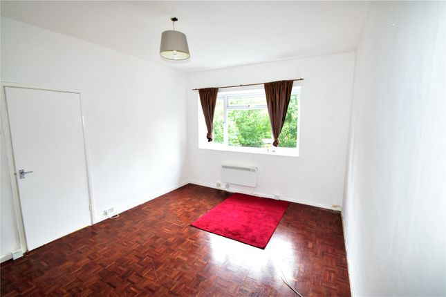 Thumbnail Flat for sale in Versailles Road, London