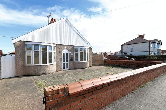 Thumbnail Detached bungalow to rent in Tynewydd Road, Rhyl