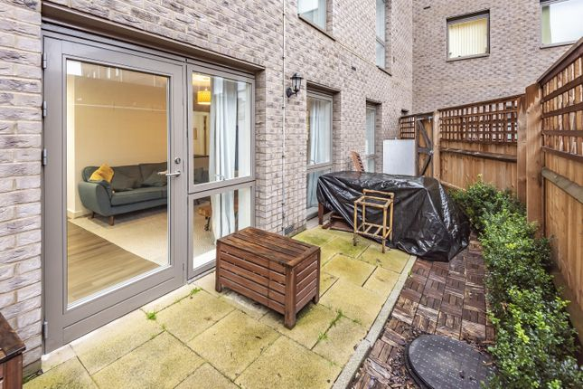 1 bed flat for sale in Adenmore Road, London SE6
