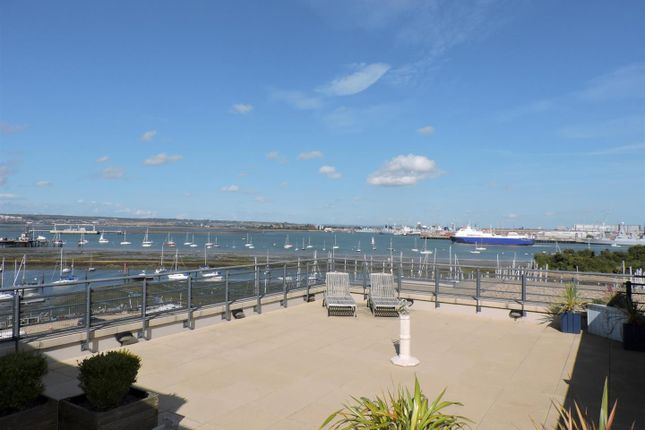 Thumbnail Flat for sale in Weevil Lane, Gosport