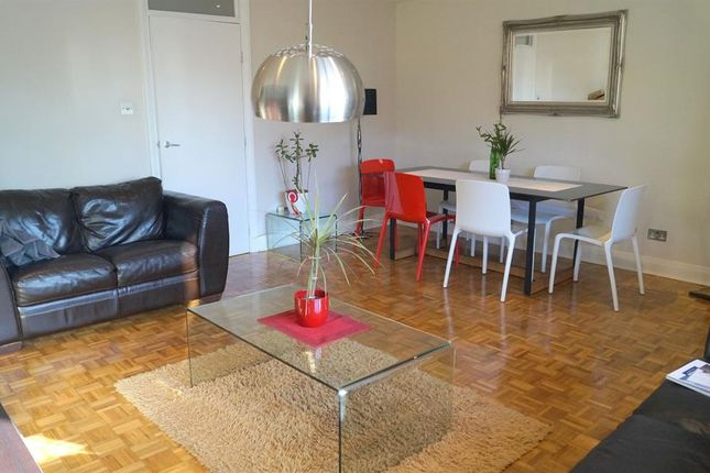 Thumbnail Flat to rent in Brook Court, Brook Road South, Brentford