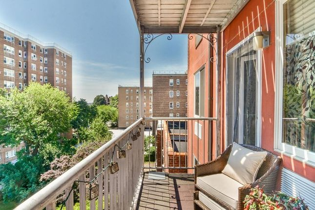 Thumbnail Property for sale in 3800 Blackstone Avenue, New York, New York State, United States Of America
