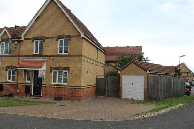 Main Picture of Leaman Close, High Halstow, Rochester ME3