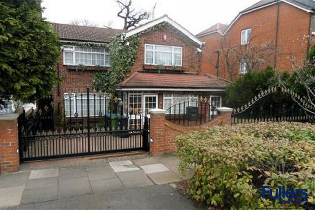 Detached house to rent in Winchmore Hill Road, Winchmore Hill