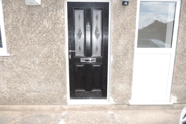 Thumbnail Flat to rent in Station Road, Yate, Bristol