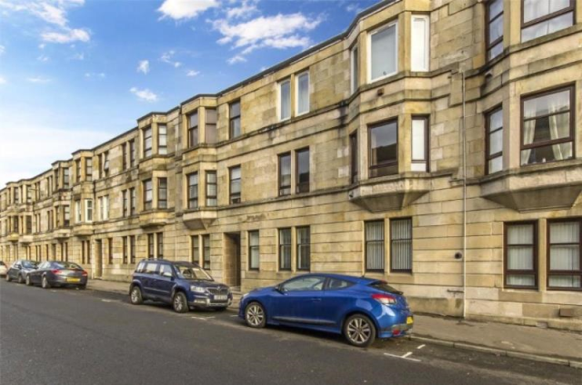 Thumbnail Flat to rent in 35 Kilnside Road, Flat 1/1, Paisley, 1Rq