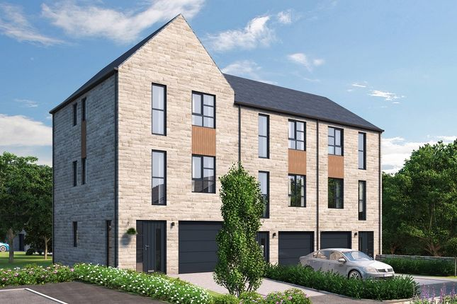 Thumbnail Town house for sale in Bridgehouse Lane, West Yorkshire