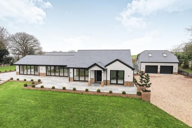 Thumbnail Bungalow for sale in West End Lane, Henfield, West Sussex, England